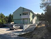 HOUSE WITH 3 APARTMENTS - LUKORAN, ISLAND OF UGLJAN
